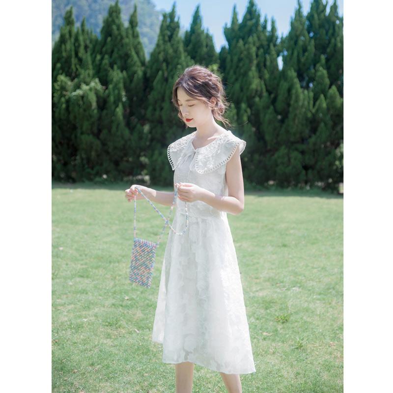 148.00元包邮2019夏季新款流行裙子仙女超仙甜美气质中长款白色蕾丝无袖连衣裙