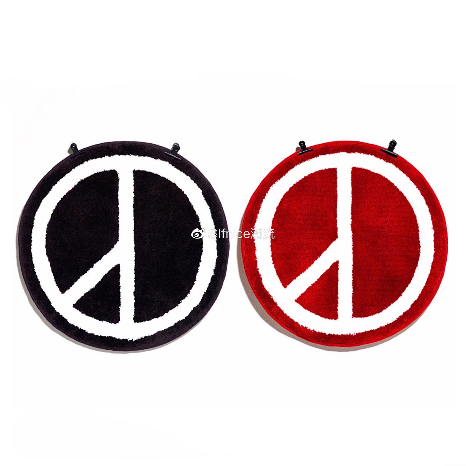 【现货】Peaceminusone PMO GD 反战 Logo 黑红 Mat 圆形 地毯