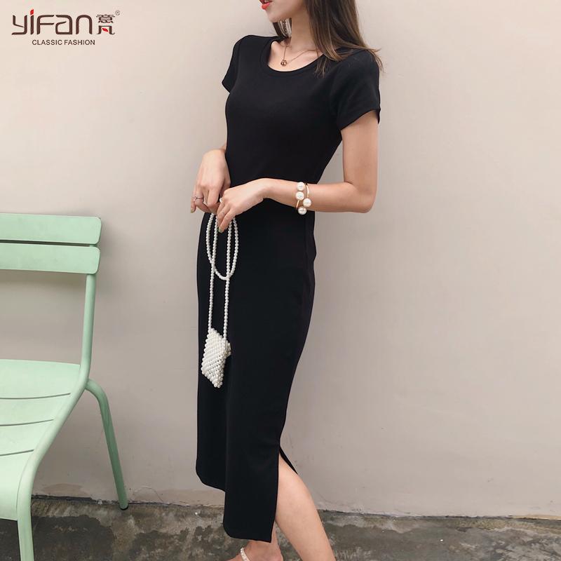 黑色长裙短袖连衣裙