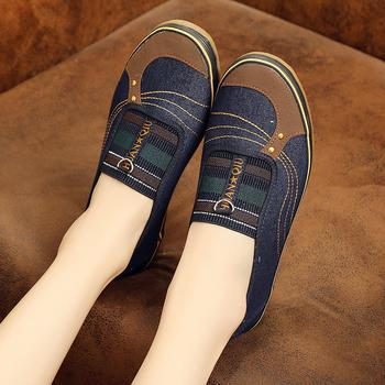 加肥春秋新单鞋老北京布鞋橡胶底防滑耐磨劳作鞋牛仔布妈妈女鞋批