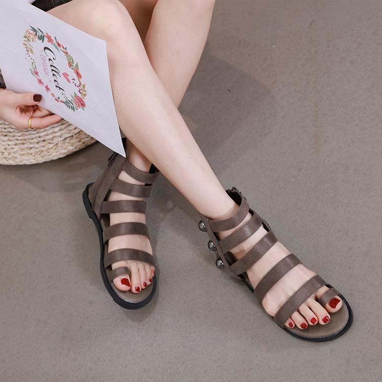 罗马凉鞋女新款ins潮夏季时尚铆钉平底女鞋波西米亚仙女套趾凉靴
