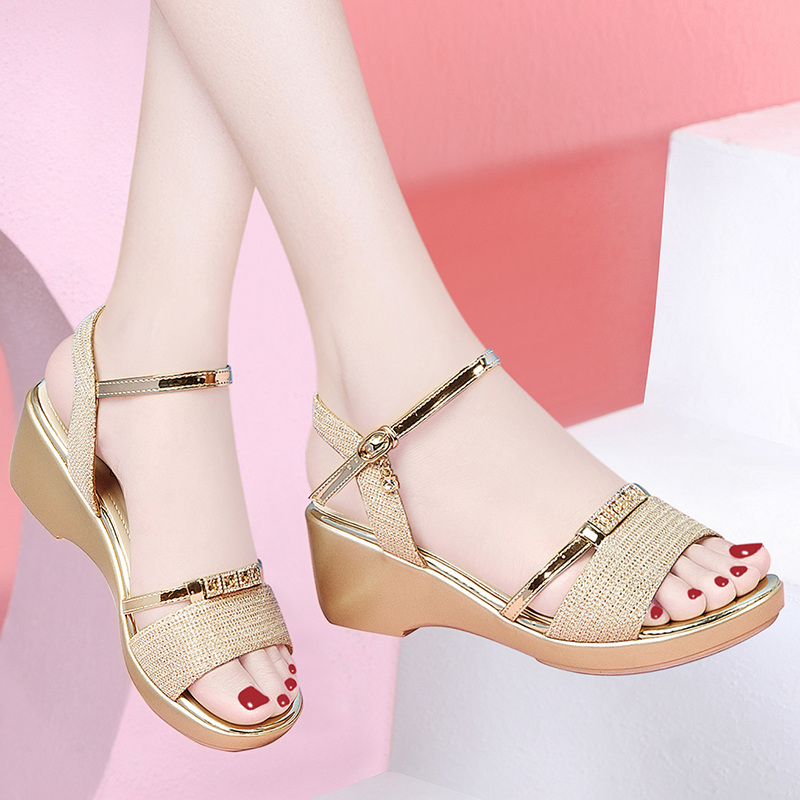 Slope heel sandals womens new summer 2020 French high heels with one line buckle and water drill and skirt