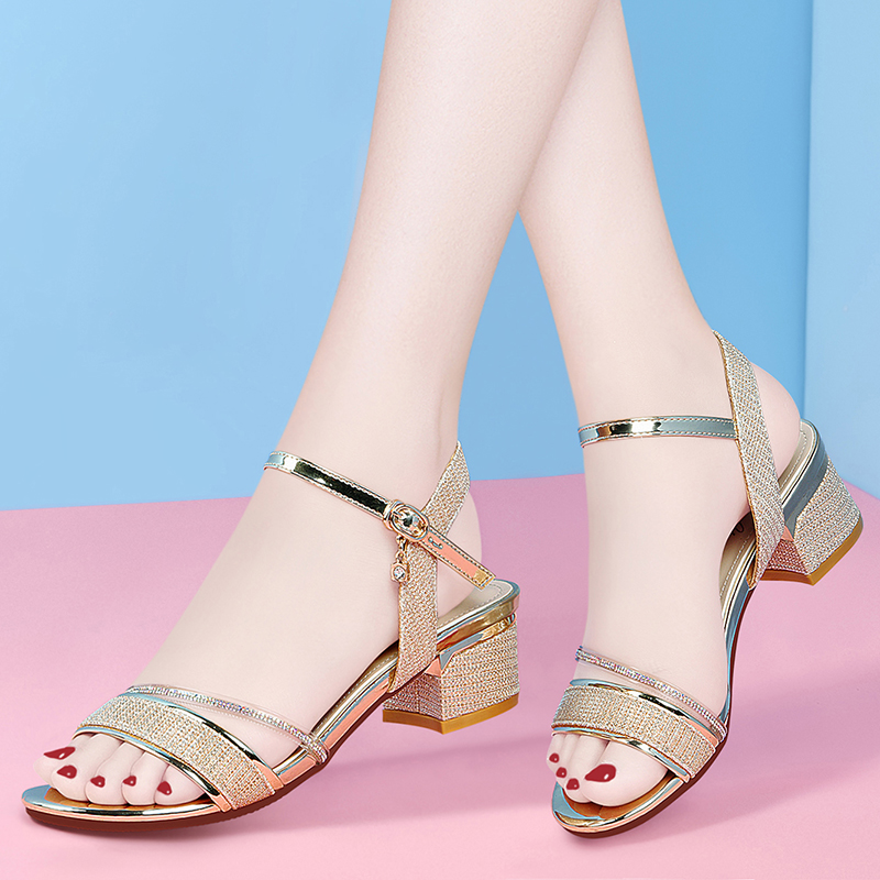 With skirt and sandals in summer 2020 new thick heel one line Roman shoes womens fashion sandals French high heels