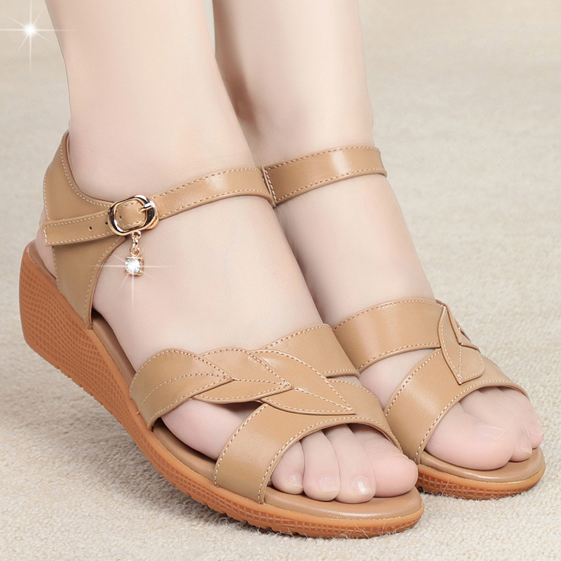 New summer womens leather sandals comfortable flat soled shoes for the elderly non slip shoes for the elderly womens soft soled shoes for mothers