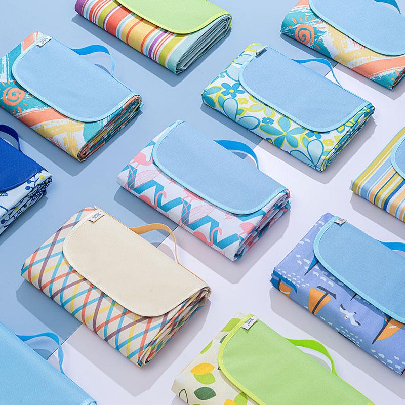 春游防潮垫子户外便携防水风野餐布好用吗