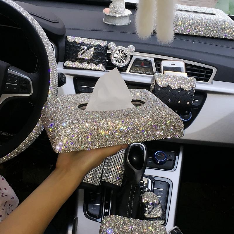 车载车用带钻纸巾盒套女士创意镶钻汽车抽纸盒水钻摆件车上内饰品