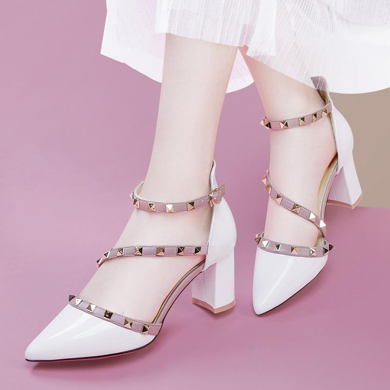 Taiwan Red Dragonfly Enterprise Co., Ltd. Rd Baotou sandals fairies 2020 new summer womens shoes pointed
