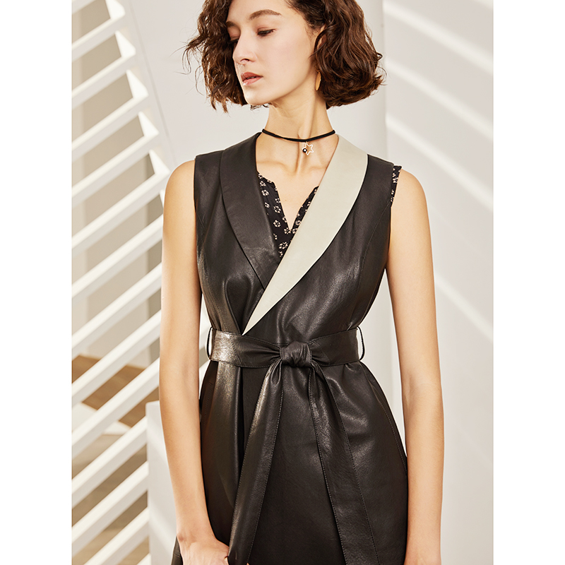 U. N.q European and American style black and white contrast retro vegetable tanned sheepskin fashion sleeveless leather coat womens Vest coat