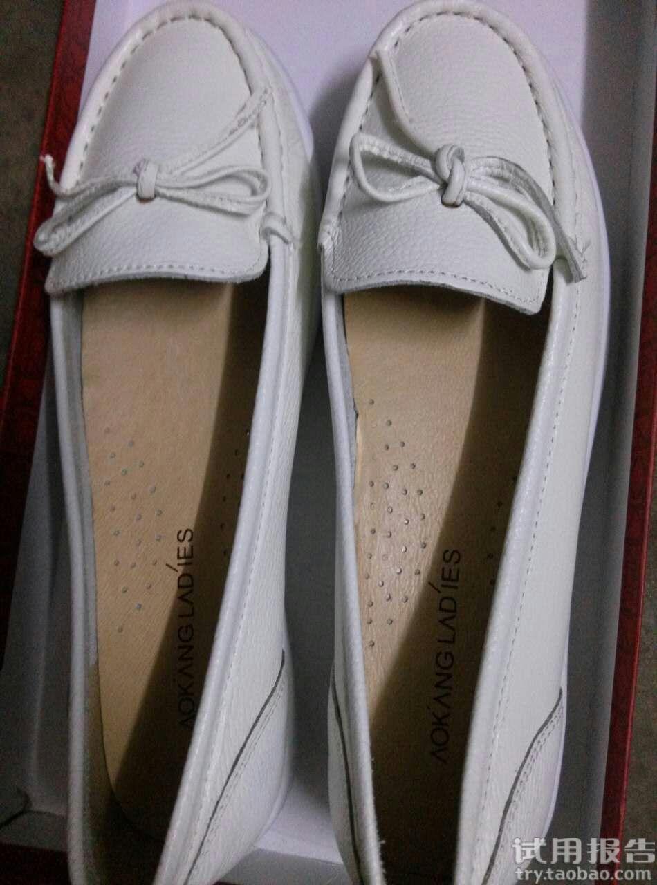 奥康女鞋百搭舒适低跟豆豆鞋穿着蛮舒服
