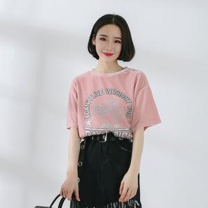 824#实拍 2018新款早春款韩版黑色丝绒字母短袖T恤女小心机上衣