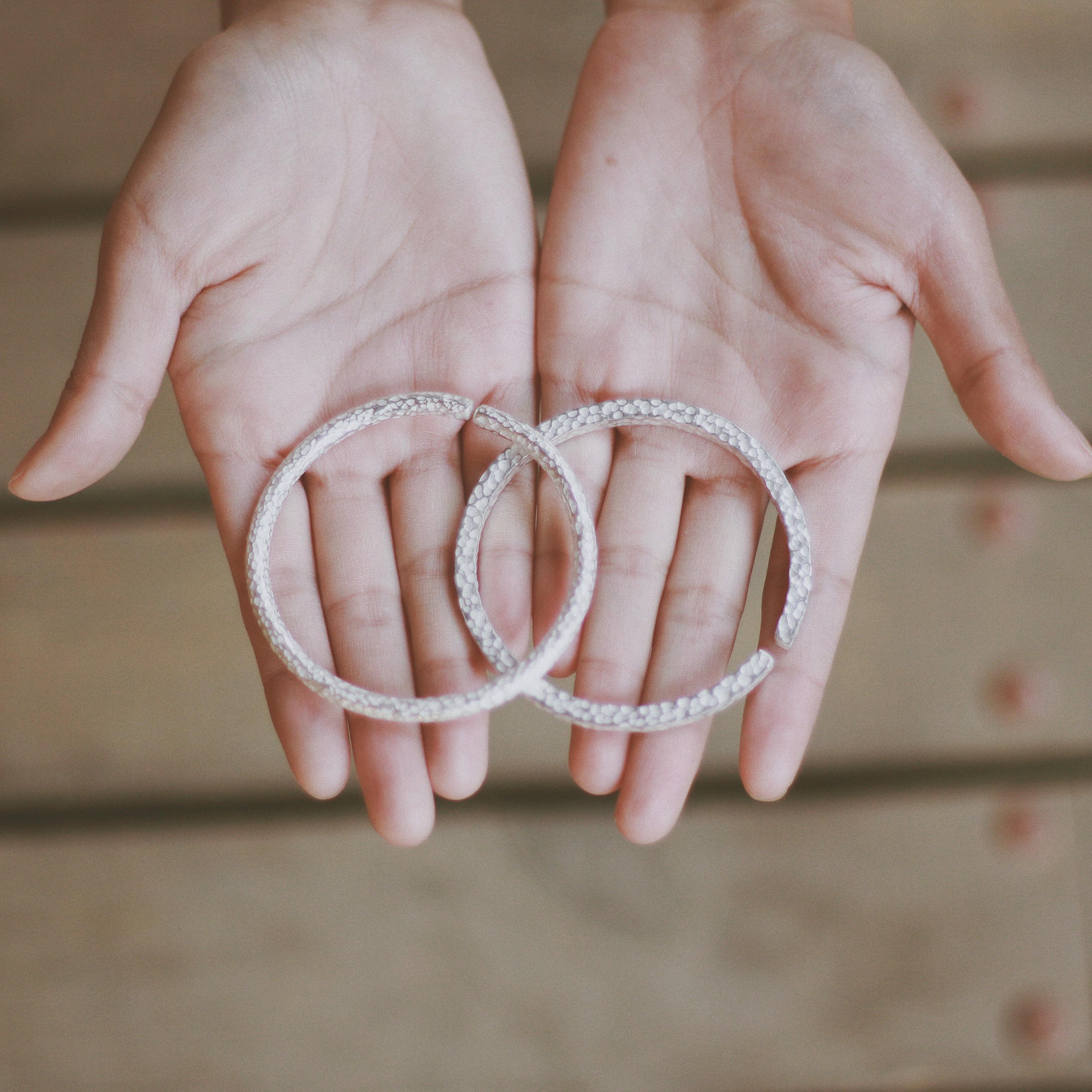 手工锤纹 雪花足银细手镯环复古文艺简约开口情侣送妈妈女友礼物