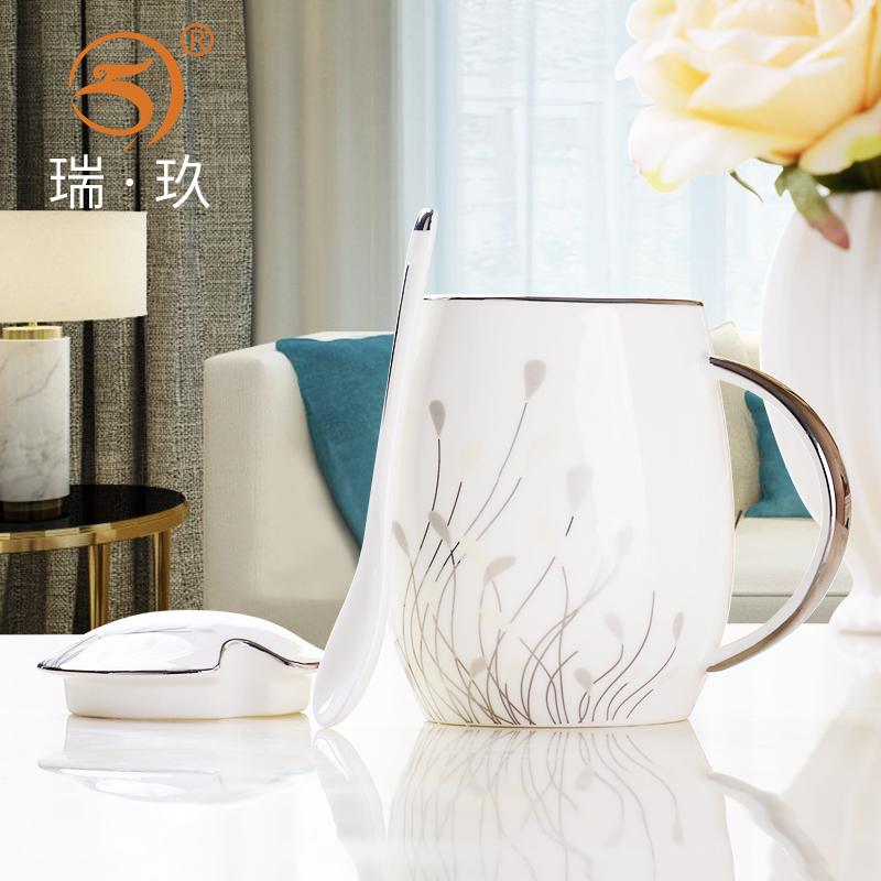 骨瓷杯子带盖带勺大容量简约喝水杯子家用陶瓷水杯女创意马克杯