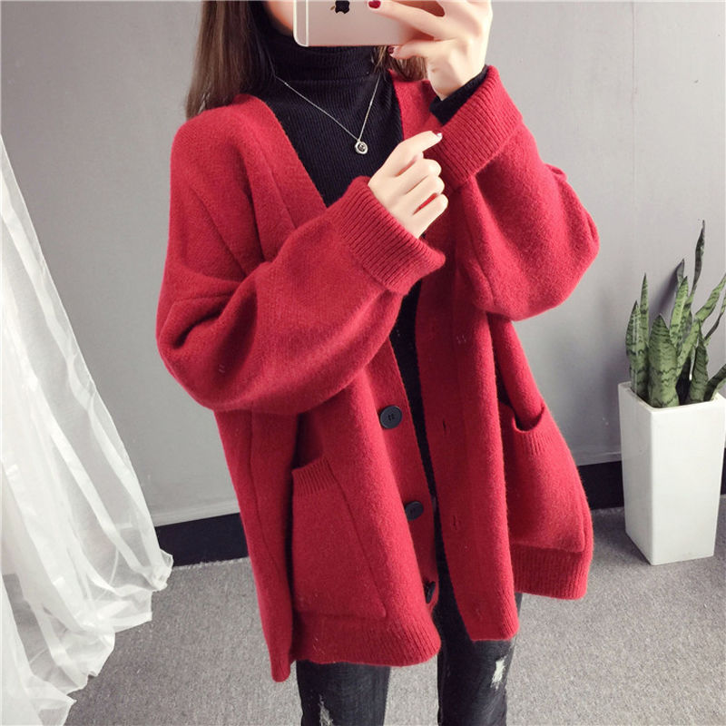 Knitted cardigan coat womens 2018 new Korean loose net red sweater students lazy trend of thickening in autumn and winter
