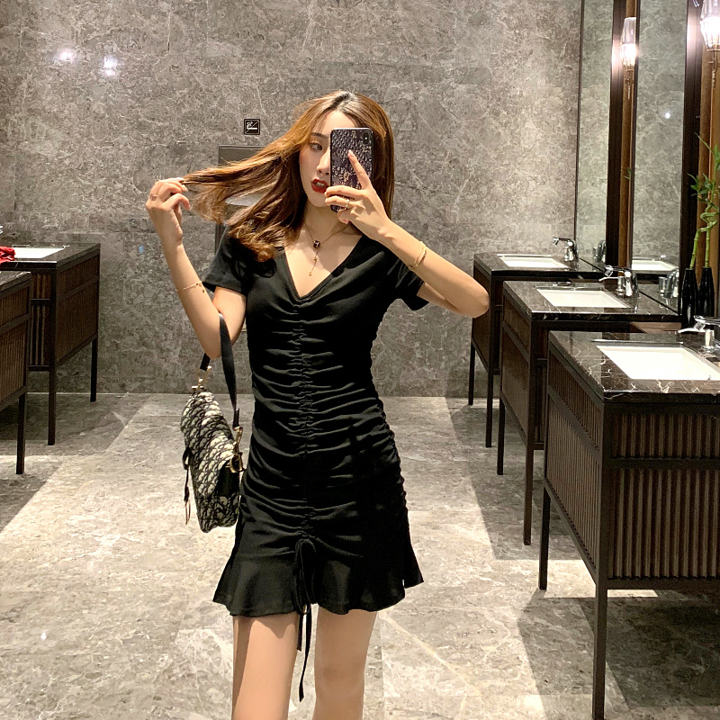 夜店酒吧蹦迪高级性感心机连衣裙(非品牌)