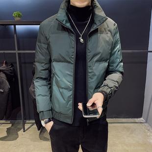 冬季新款2019年男士羽绒服短款潮流帅气轻薄加厚外套渐变潮牌男装品牌