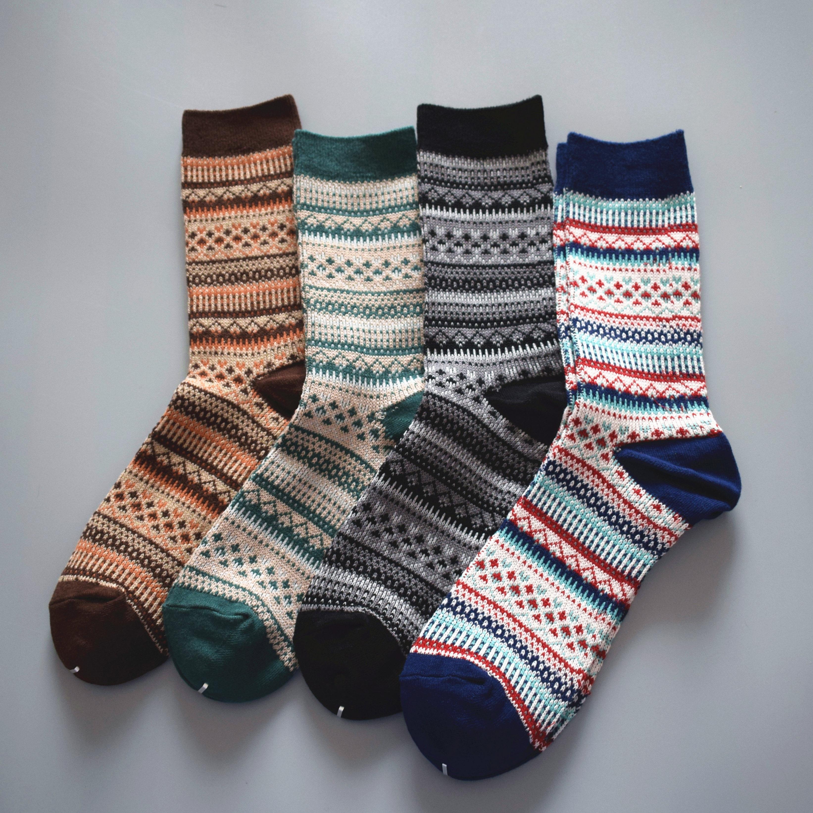 10.80元包邮秋冬新款日系出口袜子男士堆堆袜潮牌无须线复古民族风粗线socks