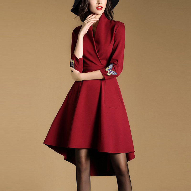 春秋の新型の欧米のファッションv襟の燕の尾の修身する名媛の気質は腰の赤いa字の長袖のワンピースを収めます