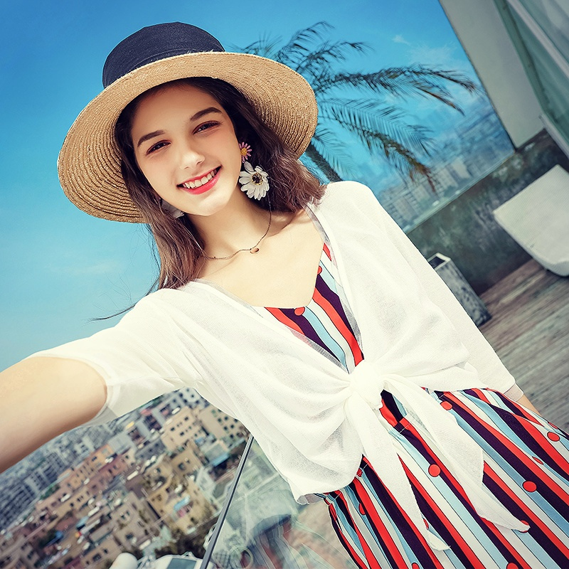 初秋新款针织衫女开衫夏季短款毛衣外套小披肩冰丝薄款外搭防晒衫