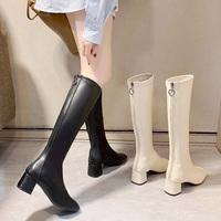 查看白色高筒靴女士不过膝长靴2021新款显瘦凉靴粗跟高跟复古方头靴子价格