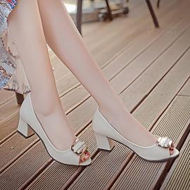 2020秋季新款甜美蝴蝶结妈妈工作鞋子女士鱼嘴单鞋粗跟高跟鞋中跟