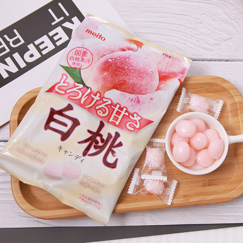 Package mail Japan import net red snack Meito mingtanggangshan white peach flavor candy sandwich candy peach flavor happy candy