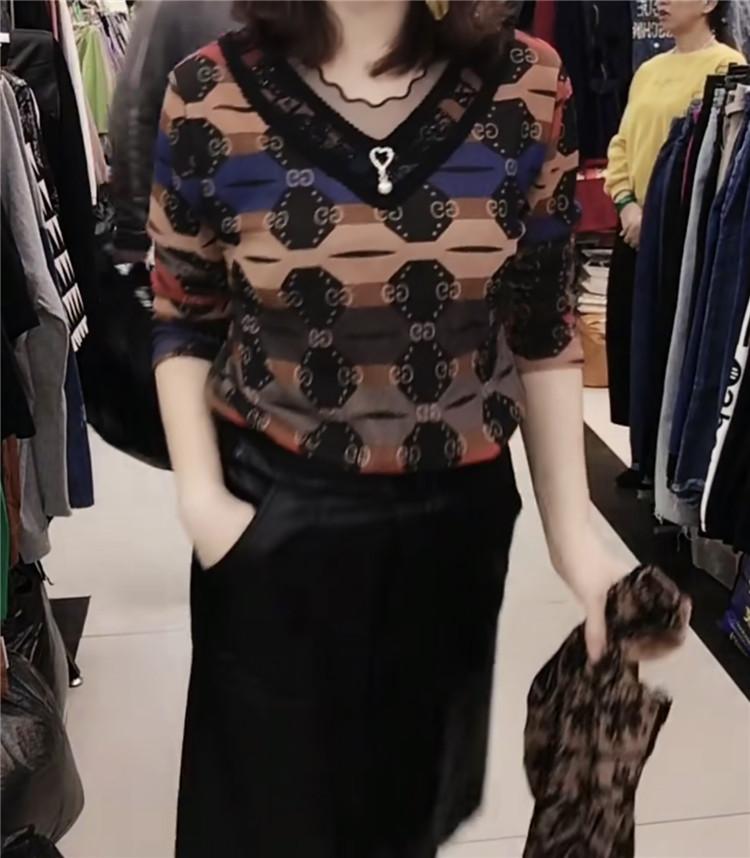 2019秋冬季新款时尚女装网上拼接长袖小衫洋气显瘦打底衫上衣