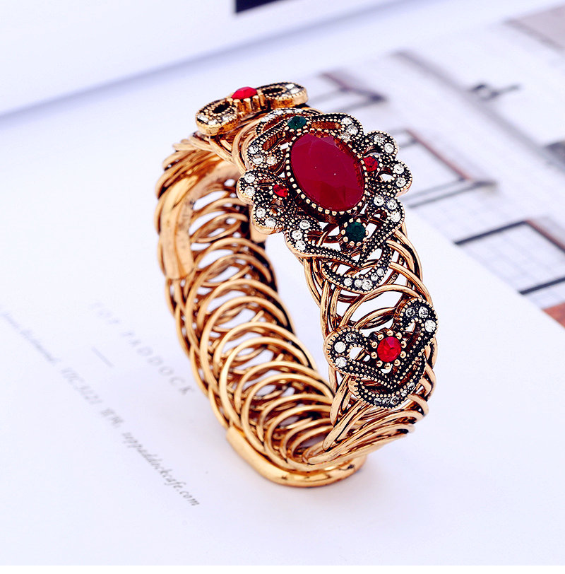 European and American new wave style retro Fatima copper ring elastic resin crystal gem bracelet with blue hole