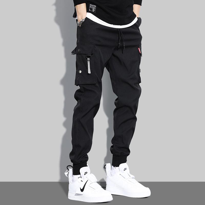 灰色裤子大腿两侧带兜