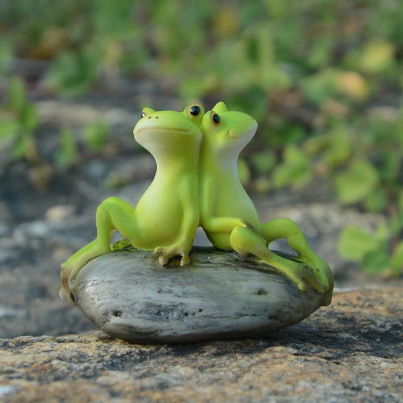真自在创意可爱田园青蛙摆件动物办公室日式装饰送男女礼物新年