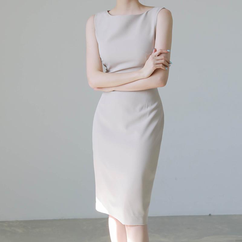 无袖职业ol气质轻熟风连衣裙女夏2021新款一字肩显瘦通勤西装裙子