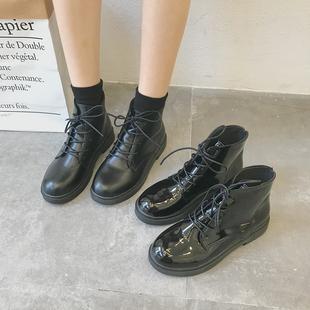 2019春季新款黑色机车马丁靴女英伦风系带漆皮粗跟短靴高帮女靴子