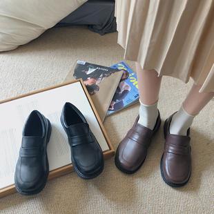 纯色套脚一脚蹬哑光圆头中跟粗跟低帮鞋 新款 小皮鞋 南在南方秋季 女