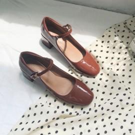 玛丽珍鞋女复古2020浅口一字扣单鞋粗跟方头中跟仙女鞋chic学生鞋