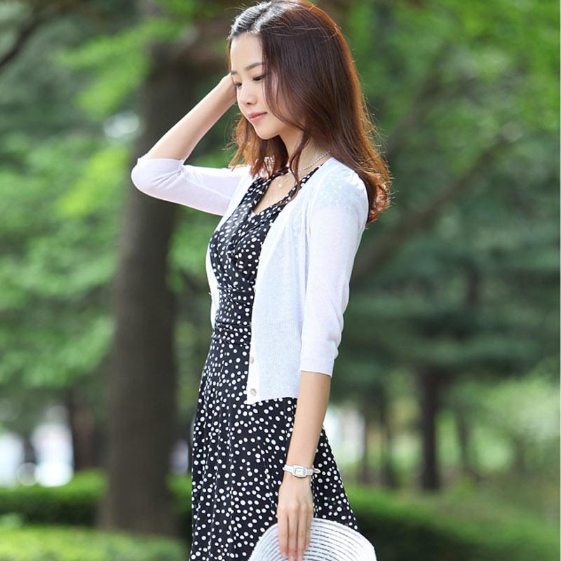 披肩夏季外搭开衫女夏薄白色防晒针织衫薄款超薄冰丝小外套配裙子