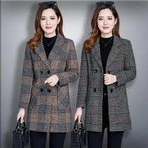 中长款中年妈妈装修身洋气春秋装西装领风衣大码女装格子毛呢外套