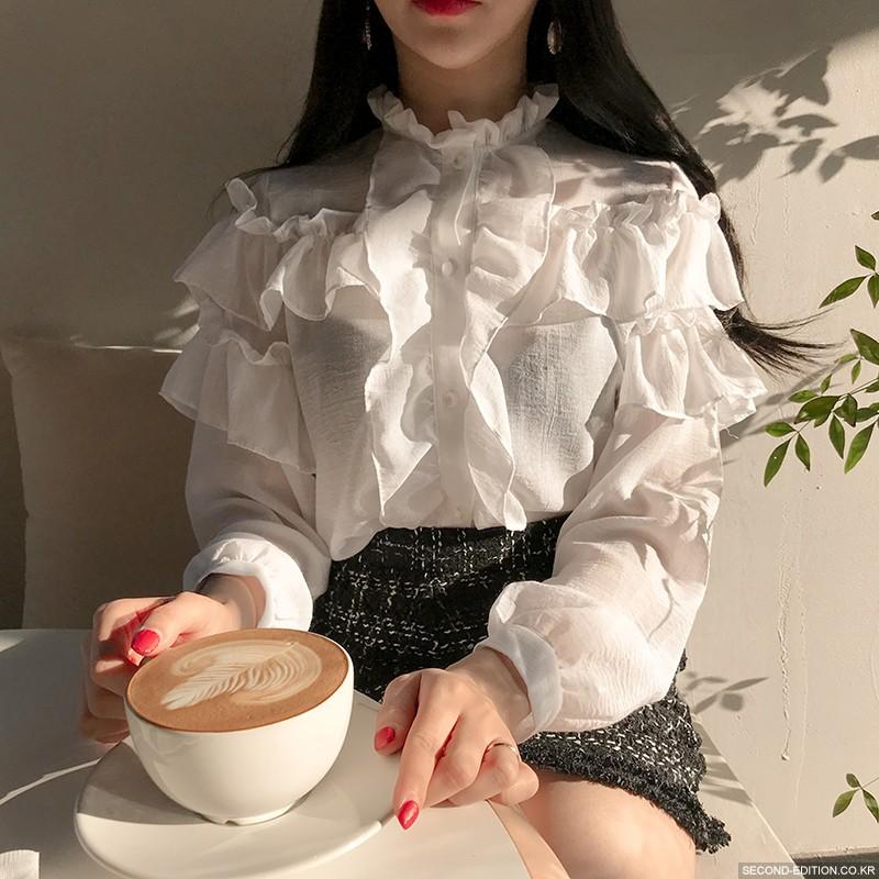 2021 spring and autumn retro court style pleated Ruffle white shirt Lantern Sleeve standing collar long sleeve base coat