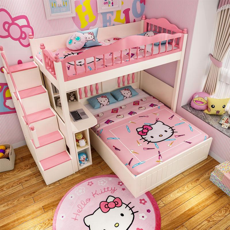 上と下のベッドが交互になっています。上のベッドと下のベッドがダブルベッドになっています。多機能子供用ベッドセット。
