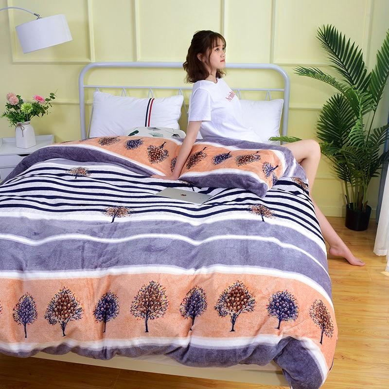 Đôi lông cừu san hô một mảnh bìa 2 mét x 2 mét 3 chăn đơn mùa đông sang trọng một mảnh bìa chăn nhung vàng đôi nhung - Quilt Covers