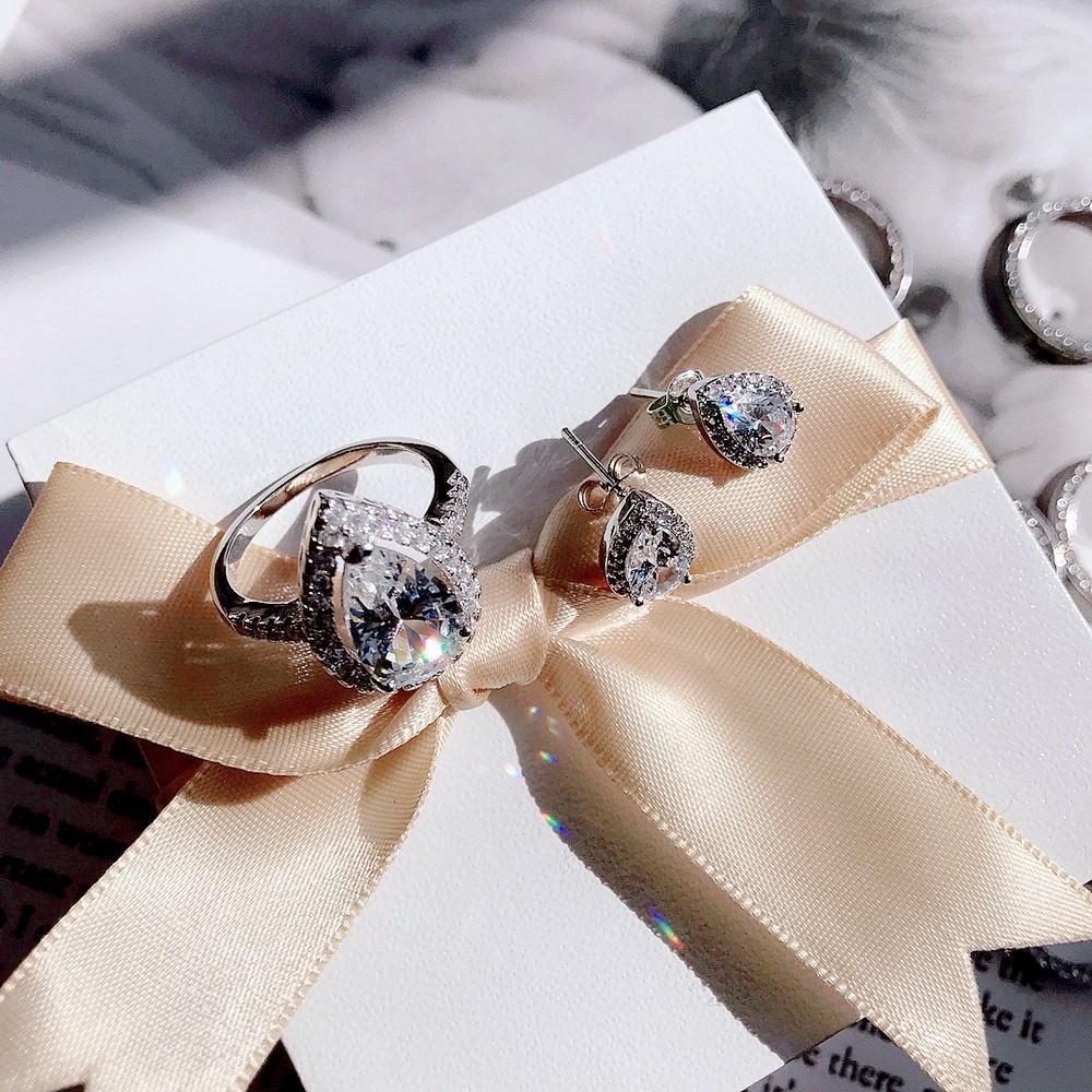 欧美新品戒指闪钻密镶锆石鸽子蛋精致女饰品水钻指环尾戒简约
