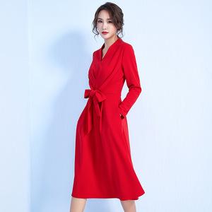 领60元券购买纯色新款冬季女装修身显瘦针织连衣裙2018V领气质中长款系带裙子