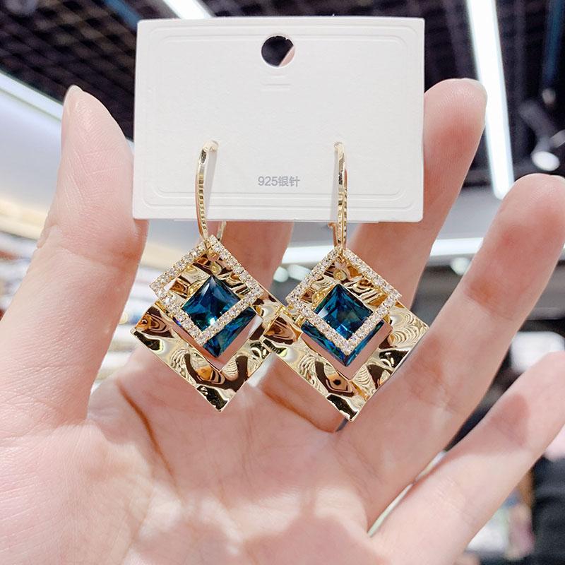 高级感几何菱形水晶耳环2021年新款潮韩国气质网红耳饰银针耳钉女
