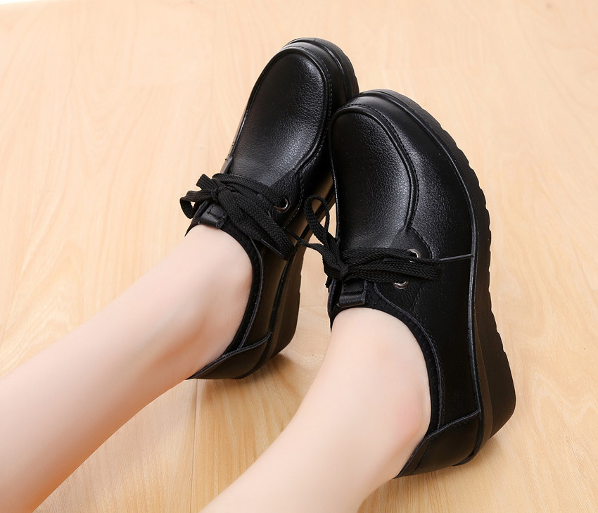 KFC all black foot covering work shoes slope heel non slip casual single shoes comfortable mother shoes black work shoes female leather shoes