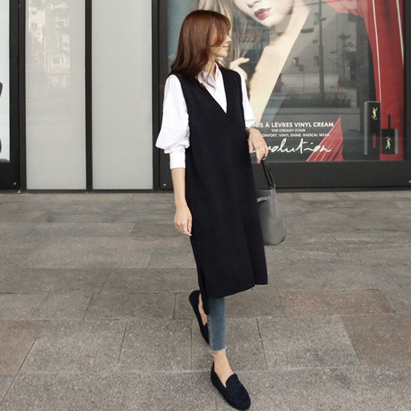 New V-neck loose large size knitted waistcoat womens waistcoat skirt over the knee long Korean sleeveless shawl woolen dress