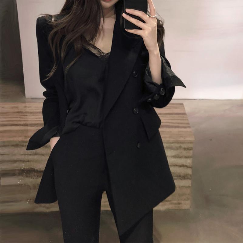 chicの小さいスーツのコートの女性の韓国版2019春の新型のイギリス風のゆったりしているカジュアルな女性のスーツの上着は湿っています。