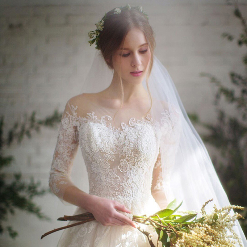 ウェディングドレス2018新式韓国版花嫁結婚式の一字肩長袖レースのリードが細くて斉の夏になります。