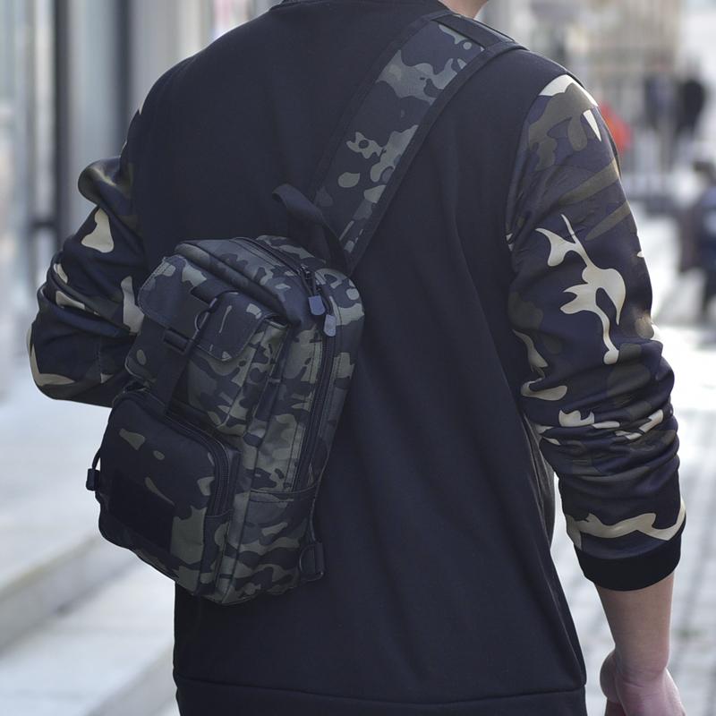 户外战术胸包男多功能迷彩骑行运动单肩斜挎背包登山旅行单肩包