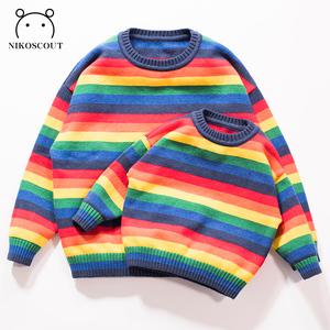 亲子装母女装洋气秋冬一家三口儿童毛衣女韩版女孩母子彩虹针织衫