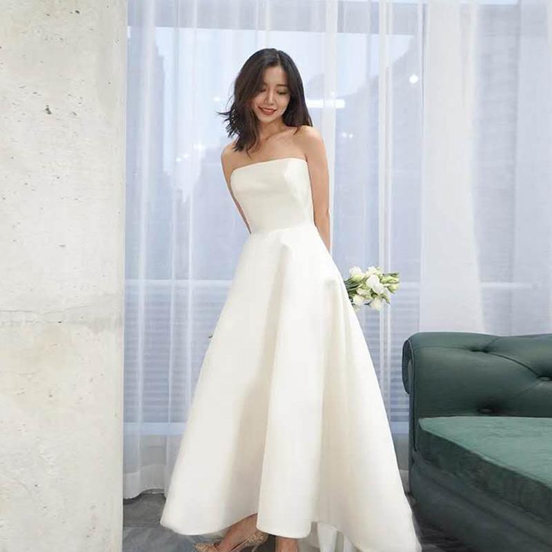 缎面旅拍婚纱轻纱简约轻便抹胸小婚纱2108新款出门纱户外显瘦短款