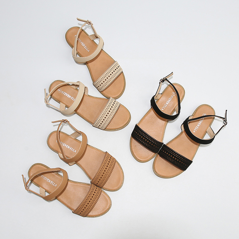 波西米亚一字扣带凉鞋女2019夏季新款百搭学生大码露趾平底凉鞋热销13件不包邮