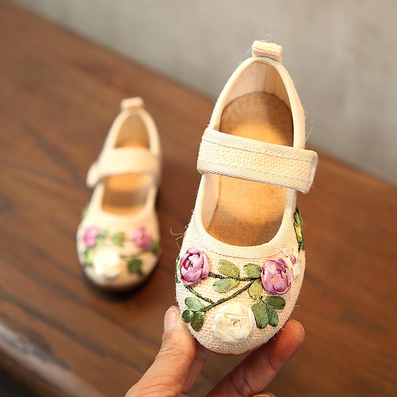 包邮老北京儿童绣花鞋民族风手工布鞋女童鞋夏休闲鞋宝宝室内鞋潮
